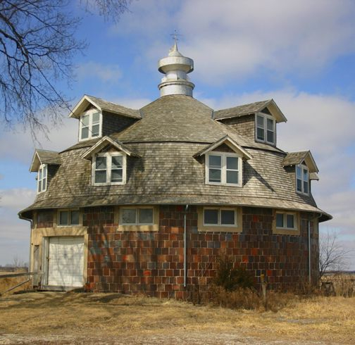 Wickcliffe Round Barn Cantril Iowa This Is Quite A