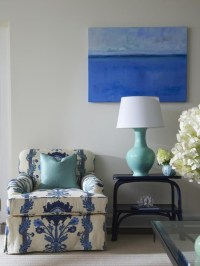 Blue and White Living Room Decor | HomeDesignBoard