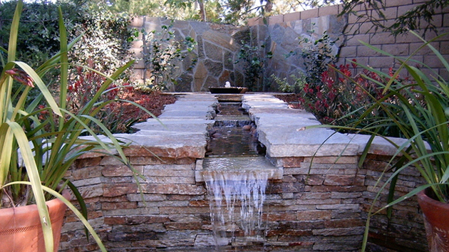 20 Water Feature Designs For Soft Touch In Your Garden Home