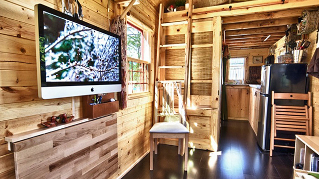 The Tiny Tack House A Couples Perfect Mobile Home  Home Design Lover