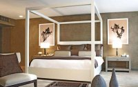 15 Simple Four Poster Canopy Beds | Home Design Lover