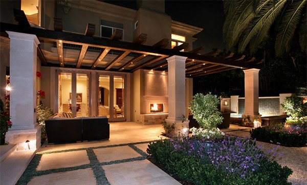 15 Dramatic Landscape Lighting Ideas Home Design Lover