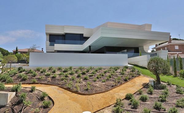 balcony house modern home