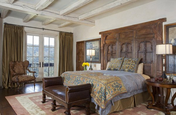 15 Awesome Antique Bedroom Decorating Ideas Home Design Lover