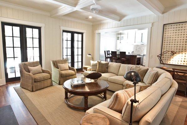 Living Room Rectangular Design