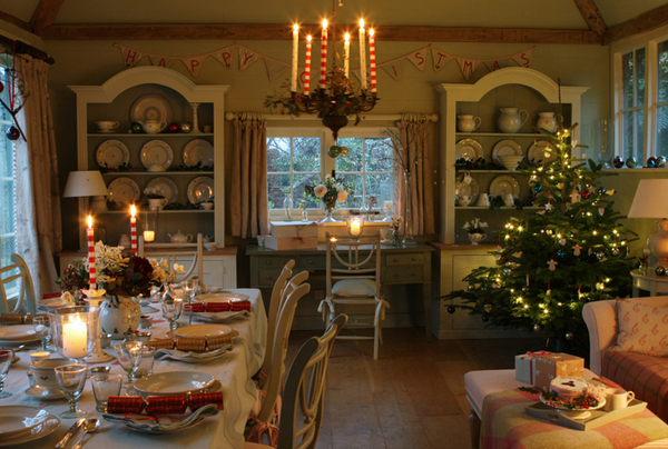 20 Stunning Christmas Decors in the Dining Rooms  Home