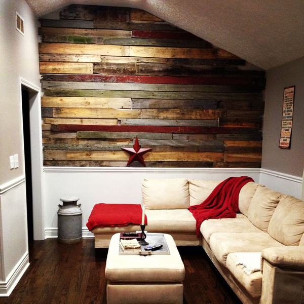 20 Astounding Living Rooms with Pallet Walls