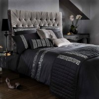 20 Beautiful Black Bed Linens | Home Design Lover