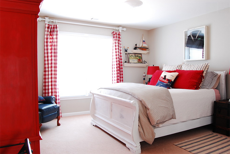 20 Bold Bedrooms in Blue, Red and White Colors