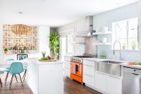 22 Midcentury Modern Kitchen Designs Showcasing Contrast