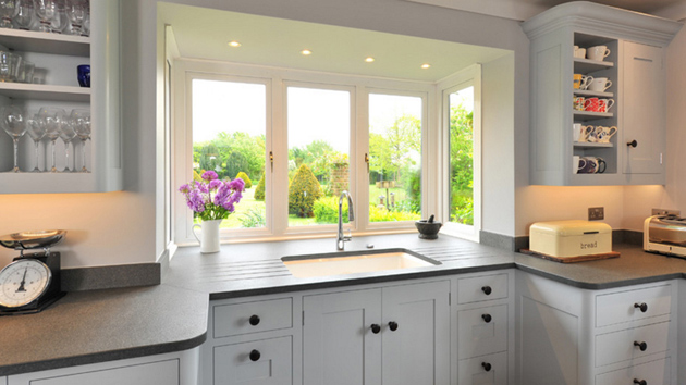 20 Charming Kitchen Spaces with Bay Windows  Home Design