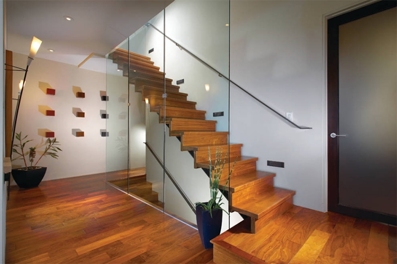 20 Wood And Glass Contemporary Staircase Designs Home Design Lover | Wood And Glass Staircase | Stair Case | Simple | Spiral | Small | Light Oak Glass
