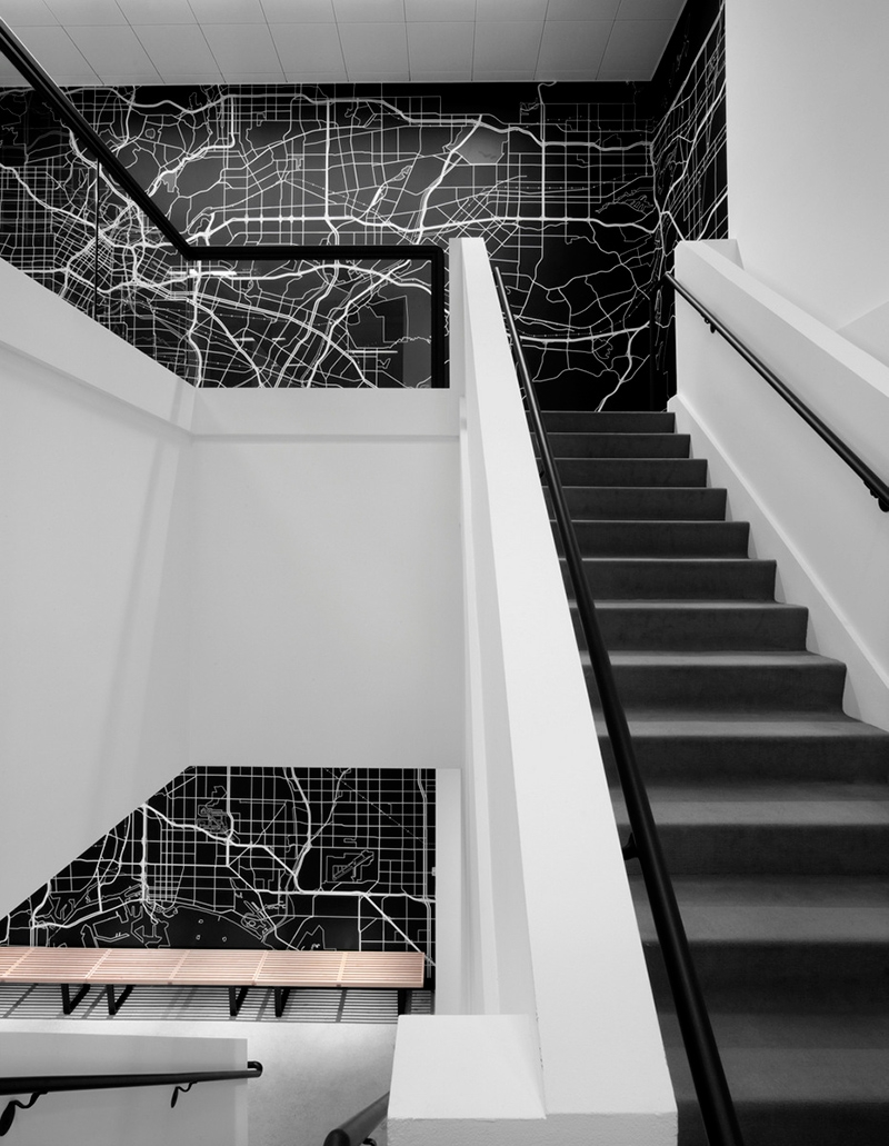 20 Beautiful And Bold Black Staircase Design Ideas Home Design Lover   Black And White Stairs Design   Farmhouse   Photography   Concept   Disappearing   Grey Background