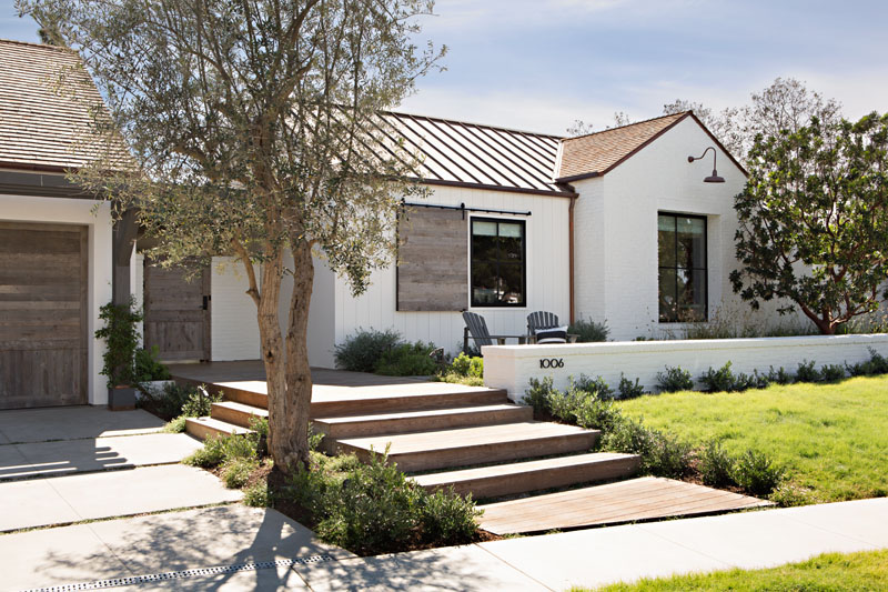 Somerset Home in California Has a Stunning Farmhouse ...