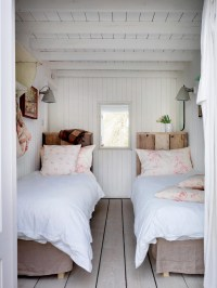 Beach house bedrooms - large and beautiful photos. Photo ...
