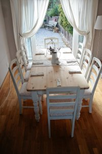 White shabby chic dining table - large and beautiful ...