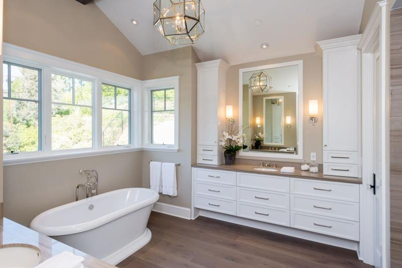 The 20 Most Beautiful Master Bathrooms Of 2019