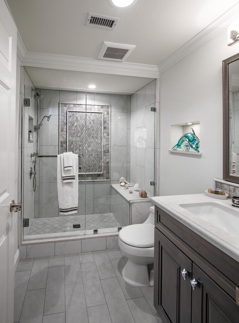 hình ảnh có tên là hình ảnh phòng tắm chính 13