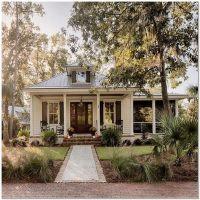 35 Inspiring Farmhouse House Design 10