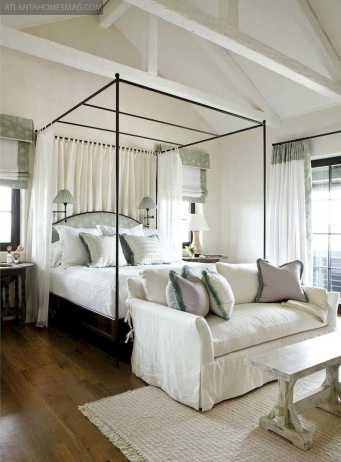 Dreamy Canopy Beds 0015