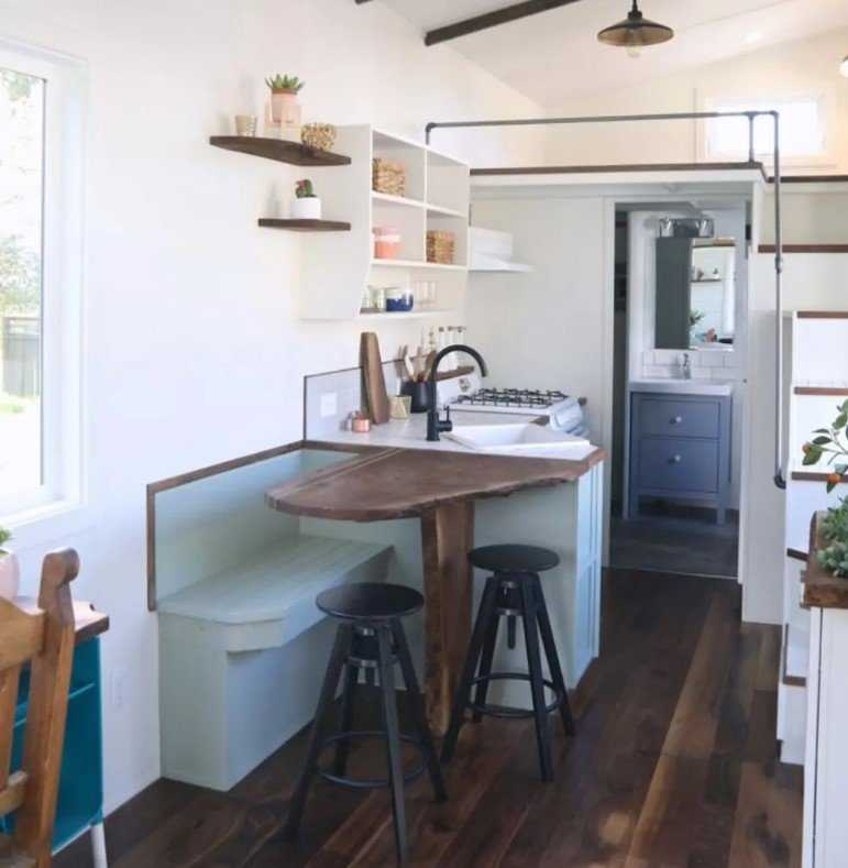 Clever Tiny House Kitchen Ideas0030