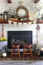 DIY Fall Living Room Decoration With Fireplace Ideas0003