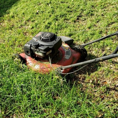 How To Remove And Sharpen A Lawn Mower Blade – Safely And Easily