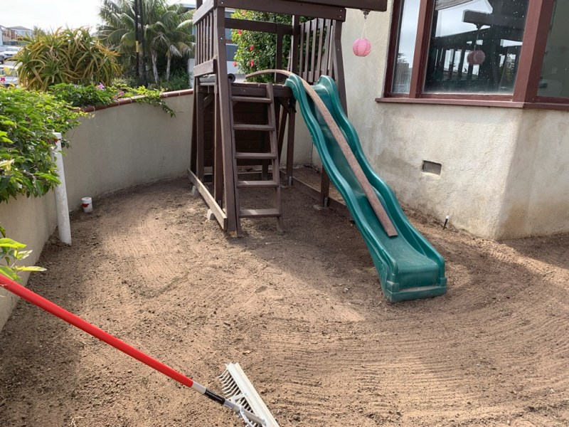 rubber mulch playground area grading