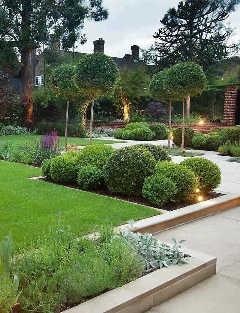38 Best Small Front Yard Landscape Design Ideas For Your Dream House