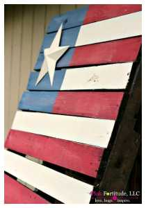 DIY Pallet Projects - American Flag