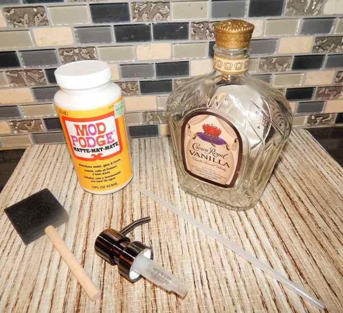 DIY Soap Dispensor - Soap pump with modge podge and liquor bottle