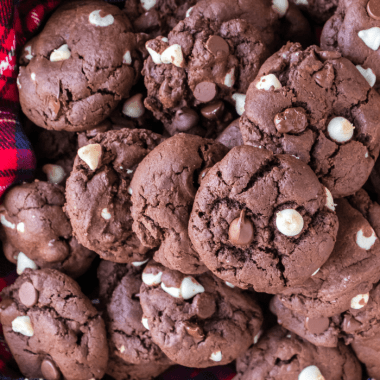 How To Make Chocolate Chocolate Chip Cookies Recipe - Learn How To Make Chocolate Chocolate Chip Cookies that are moist, fudgy, and rich. They are so simple and taste great for any party or occasion. #cookies #dessert #chocolatechip #triplechocolate #easy #homefreshideas