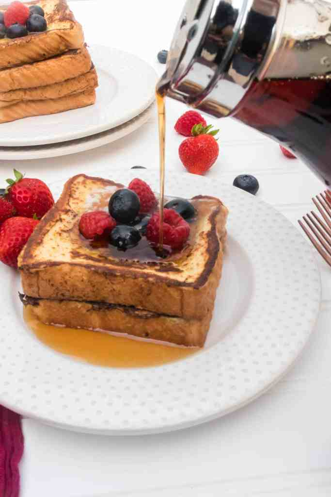 Blackstone Griddle French Toast with Texas Toast is FAST, easy, and sure to be your new favorite way to cook this classic breakfast! #breakfast #blackstone #brunch #easy #homefreshideas