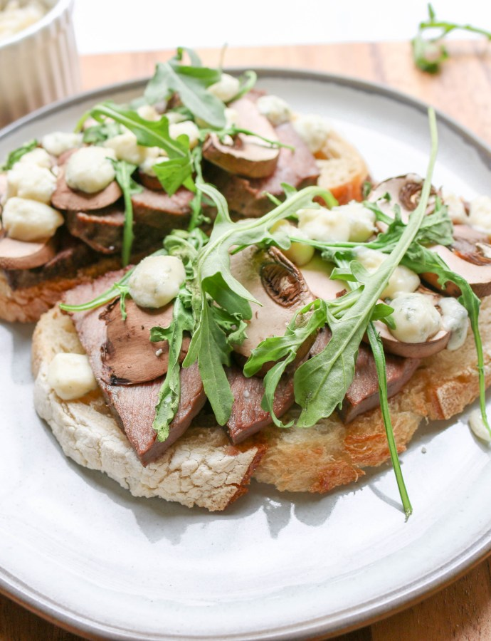Open-Faced Steak Gorgonzola Sandwiches