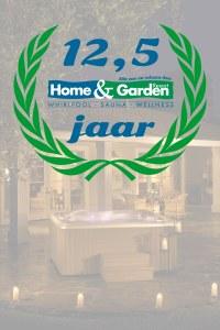 Foto 12,5 jaar Home and Garden Resort. Dit is een uitnodiging. Vier ons jubileum met ons mee!