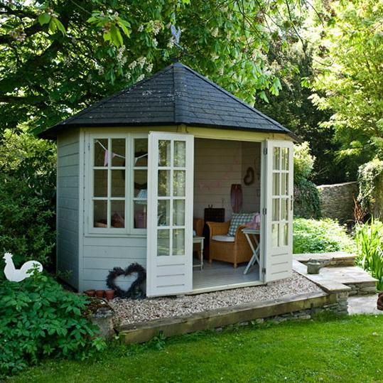 Summerhouse Style Garden  Ideas