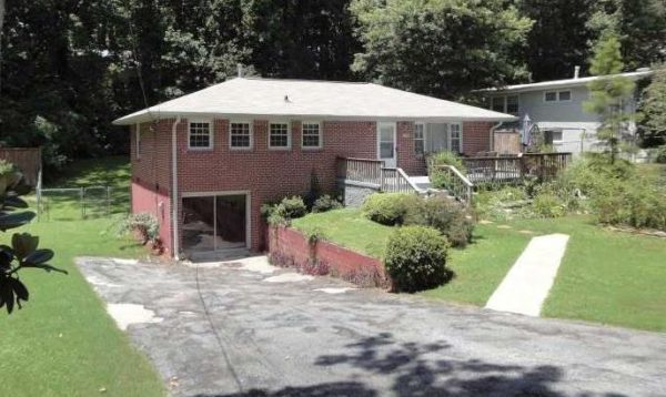 Drew Valley Neighborhood Atalnta Brookhaven House
