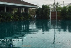 2 Bedroom House for Rent in the Hua Hin Hills pool