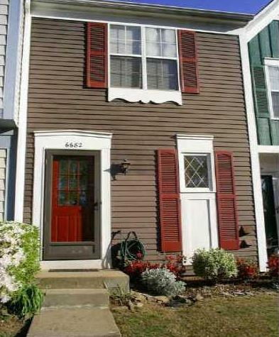 norcross-ga-townhome-in-piccadilly-place-neighborhood
