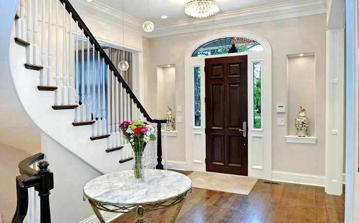 5 Reasons Why You Should Not Neglect Entrance Halls & Foyers