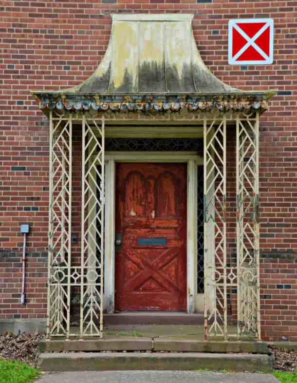 Newark Pretty Door