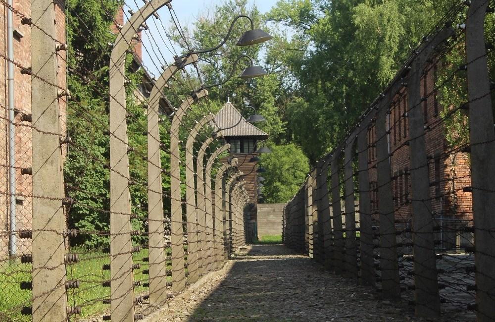 Auschwitz, Birkenau, WW2, Polen, Nazist, Ayo Hansen