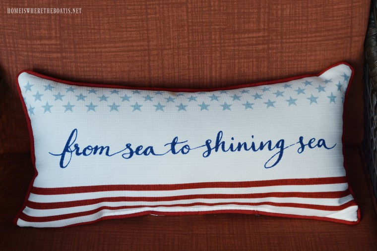 From Sea to Shining Sea pillow | ©homeiswheretheboatis.net #4thofJuly