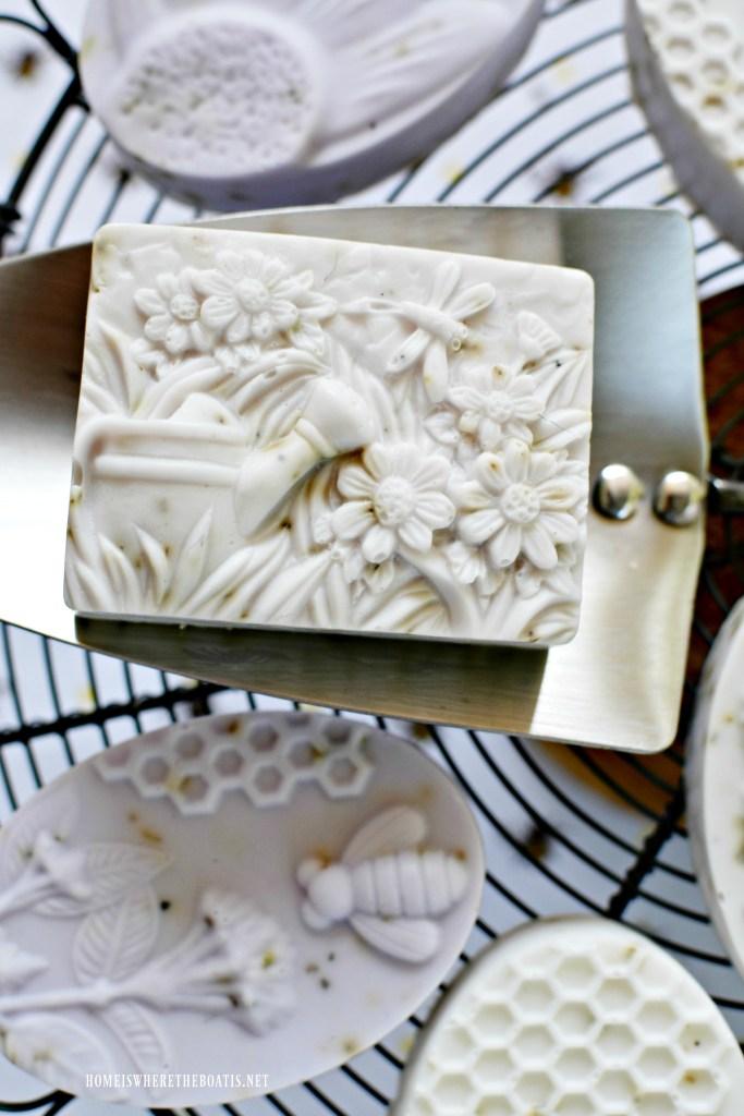 DIY Lavender-Rosemary Soap | ©homeiswheretheboatis.net #DIY #bees