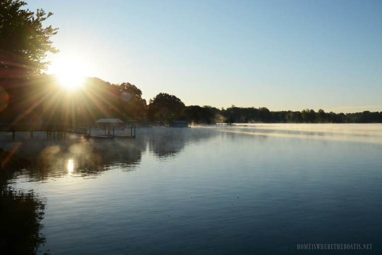 Weekend Waterview: Steam Fog Lake Norman | ©homeiswheretheboatis.net