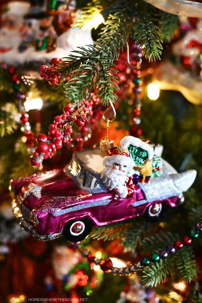 Santa Car Ornament | ©homeiswheretheboatis.net #Christmas #tree