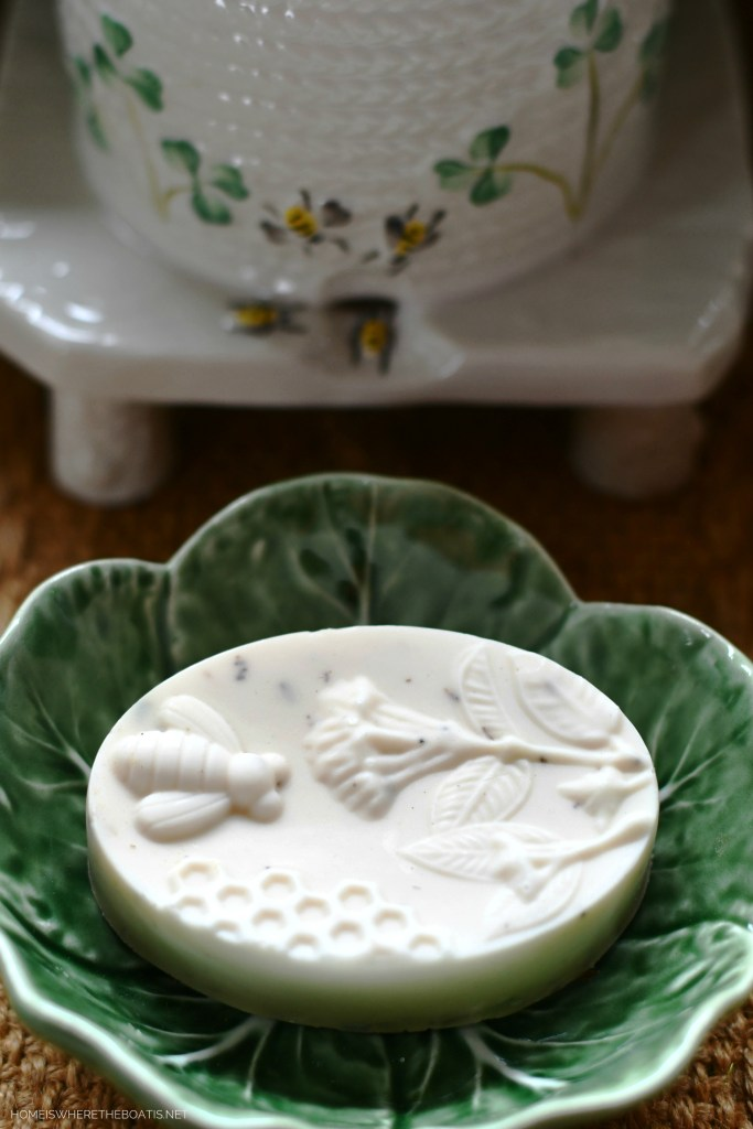 Lavender-Rosemary Goat Milk Soap Lavender-Rosemary Goat Milk Soap | ©homeiswheretheboatis.net #DIY #easy #soap #bees