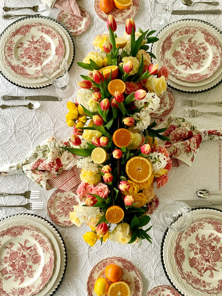 DIY Floral Arrangement and table with Tulips, Roses and Citrus | ©homeiswheretheboatis.net #flowers #tablescapes