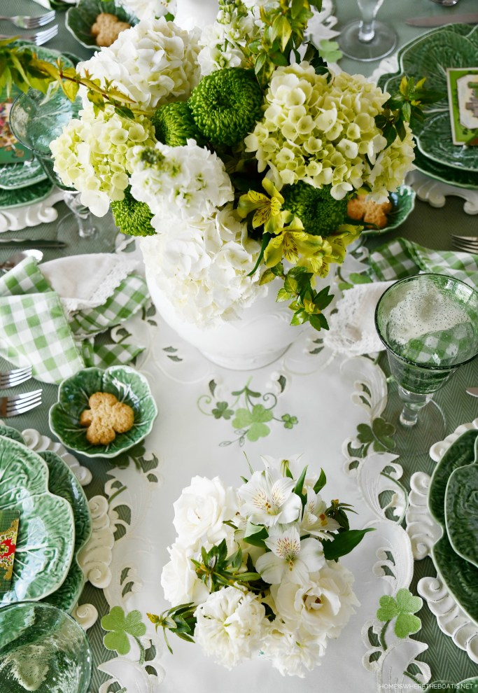 Wearing of the Green St. Patrick's Day table with embroidered shamrock runner | ©homeiswheretheboatis.net #stpatricksday #tablescapes #shamrock