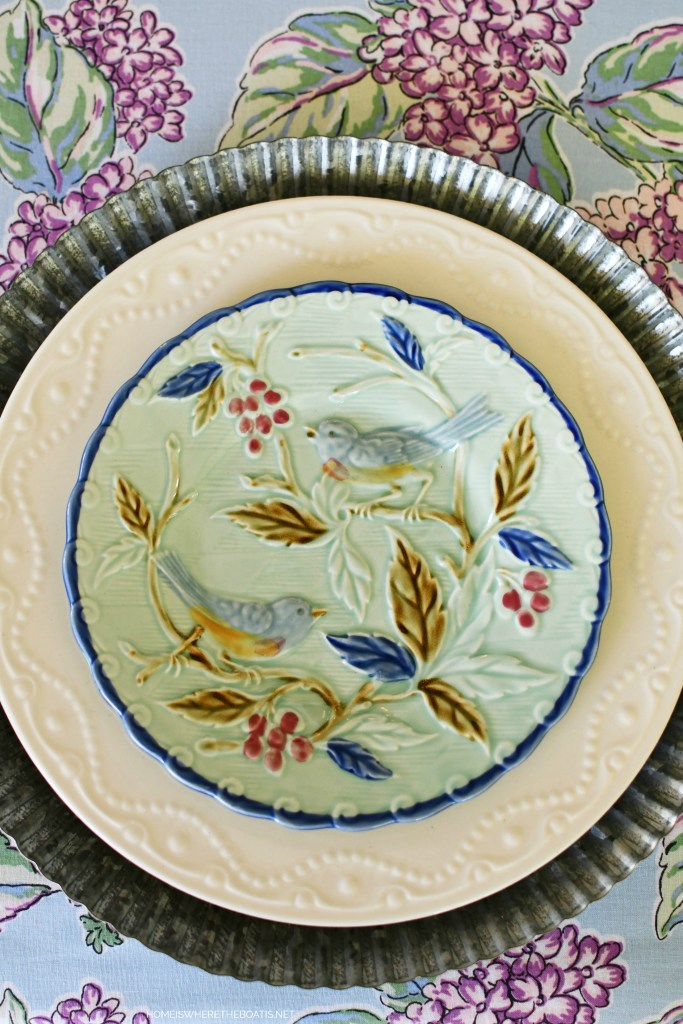 Embossed bird salad plate   ©homeiswheretheboatis.net #flowers #tablescapes #hydrangeas